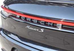 Porsche Macan S 3,0 black-016