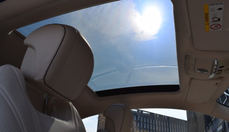 Mercedes-Benz S 63 AMG coupe/Swarovski/Keramické brzdy RESERVATION