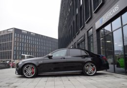 Mercedes-Benz E63s AMG BiTurbo 4Matic-009