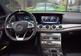 Mercedes-Benz E63s AMG BiTurbo 4Matic-026