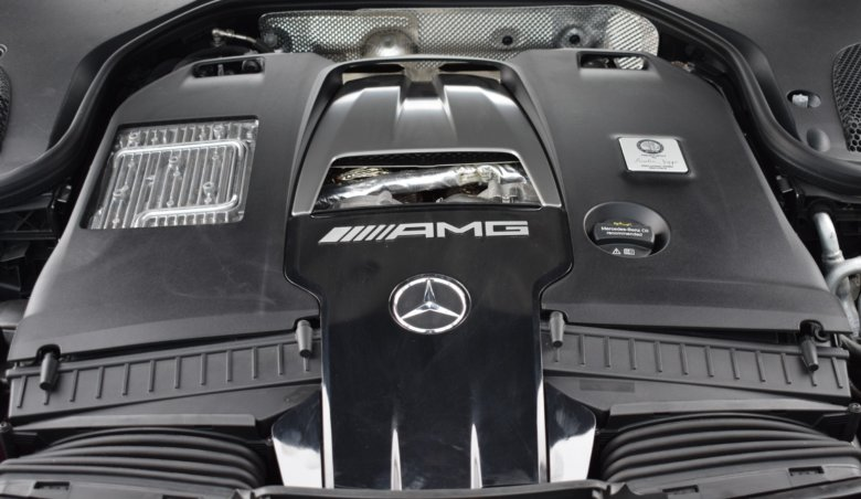 Mercedes-Benz E 63s AMG BiTurbo 4Matic/ 611PS/ Karbon