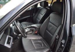 BMW 520d Kombi šedá-018