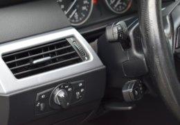 BMW 520d Kombi šedá-028
