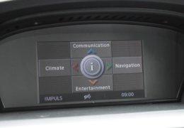 BMW 520d Kombi šedá-031