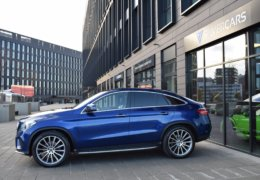 Mercedes-Benz GLE 350d 4Matic AMG coupe blue-007