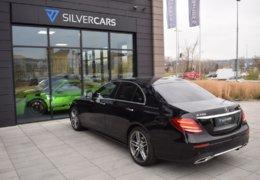 79-Mercedes-Benz E200 4Matic černá-7AH 60-065