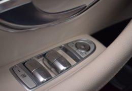 79-Mercedes-Benz E200 4Matic černá-7AH 60-089