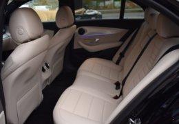 79-Mercedes-Benz E200 4Matic černá-7AH 60-094