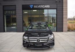 80-Mercedes-Benz E200 4Matic černá-7AM 68-063
