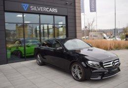 80-Mercedes-Benz E200 4Matic černá-7AM 68-064