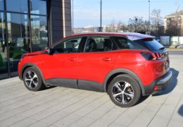 Peugeot 3008 1,6 RED-008