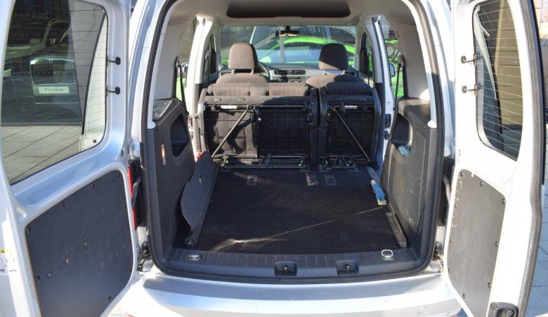 Volkswagen Caddy 2,0 TDi / 75kW / 5 míst / NAVI