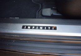 Infiniti QX70 S