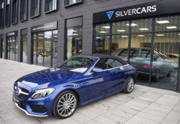 Mercedes-Benz C300 cabrio modrá