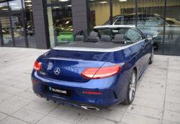 Mercedes-Benz C300 cabrio modrá-010