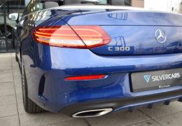 Mercedes-Benz C300 cabrio modrá-013