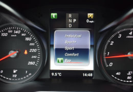 Mercedes-Benz C300 cabrio modrá-028