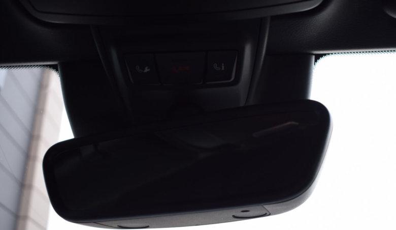 Mercedes-Benz Třídy C 300  /AMG/ Kamera/ Profukované sedačky