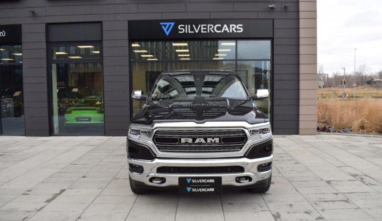 Dodge RAM LIMITED 1500 HEMI 5,7 4×4/ PANORAMA/ VZDUCH/ Adaptivní tempomat/ 22 ALU/ Park Assist/ 395 PS