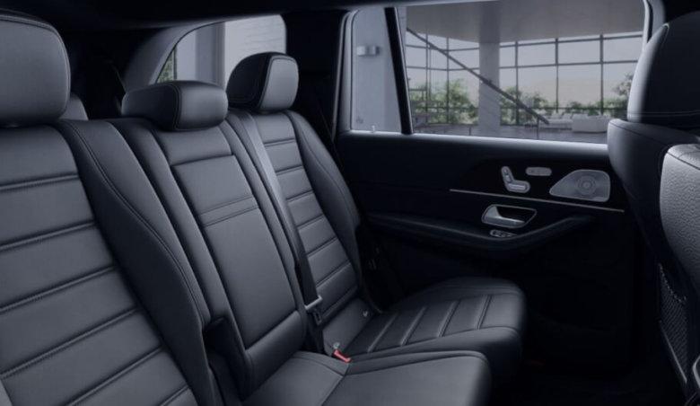 Mercedes-Benz GLS 350D 4Matic AMG/ HeadUp/ Soft close/ Distronic/ 360/ New Model