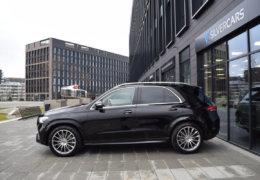 Mercedes-Benz GLE 300d AMG black-001