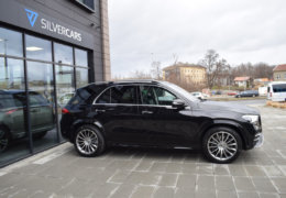Mercedes-Benz GLE 300d AMG black-004
