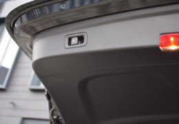 Mercedes-Benz GLE 300d AMG black-049