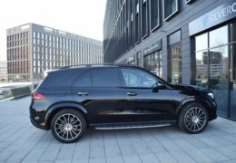 Mercedes-Benz GLE 400d AMG black-008