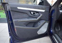 Lamborghini URUS BLUE-020