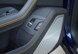 Lamborghini URUS BLUE-021