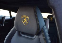 Lamborghini URUS BLUE-030