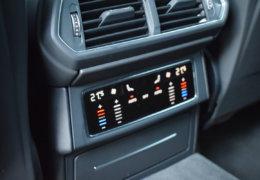 Lamborghini URUS BLUE-033