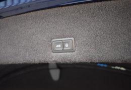 Lamborghini URUS BLUE-044