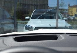 Mercedes-Benz GLS400d white-008