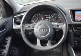 Audi Q5 2,0d Quattro-012