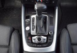 Audi Q5 2,0d Quattro-013