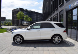 Mercedes-Benz ML 350d-bílá DESIGNO-001