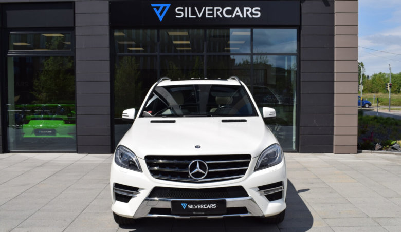 Mercedes-Benz ML350d 4M/ AMG/ DESIGNO/ Airmatic/ KeyLess/ SoftClose/Alcantara strop/Harman