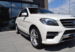 Mercedes-Benz ML 350d-bílá DESIGNO-004