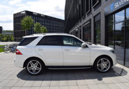 Mercedes-Benz ML 350d-bílá DESIGNO-006