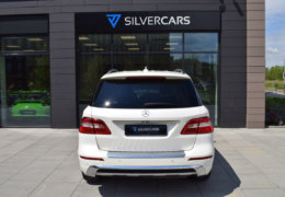 Mercedes-Benz ML 350d-bílá DESIGNO-008