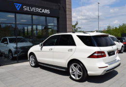 Mercedes-Benz ML 350d-bílá DESIGNO-009