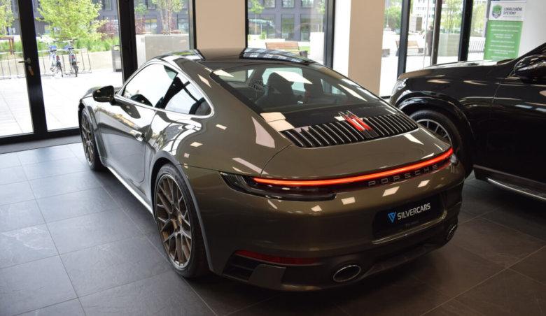 Porsche 911 992 Carrerra 4S / TOP výbava!!! / Noční vidění / Keyless