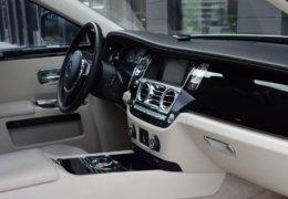 Rolls Royce GHOST GRAY-018