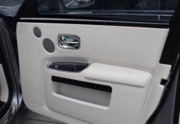 Rolls Royce GHOST GRAY-020