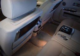 Rolls Royce GHOST GRAY-030+