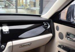 Rolls Royce GHOST GRAY-043