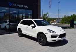 Porsche Cayen-3,0d-WHITE-003