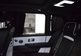 Rolls Royce Cullinan-021
