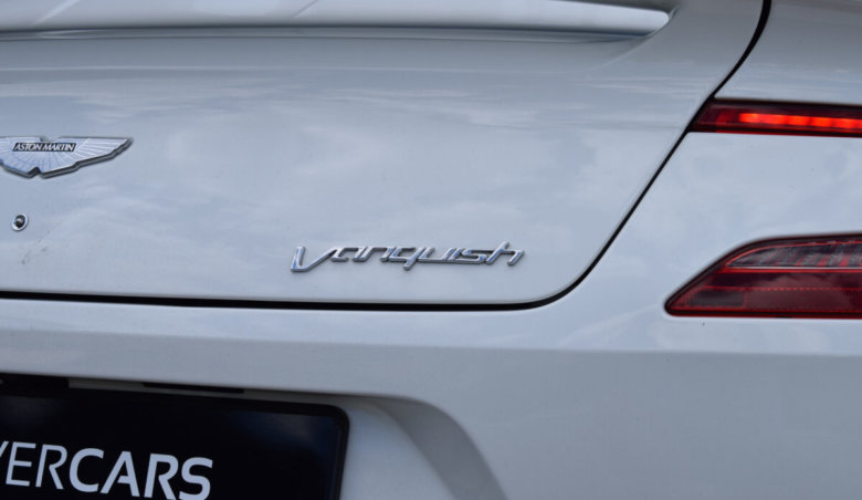 Aston Martin Vanquish W12 6.0 Carbon Paket